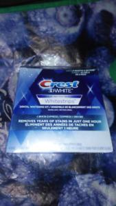 Crest 3D White Strips. Dental Whitening Kit