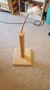Cat Scratching Post- Excellent Condition