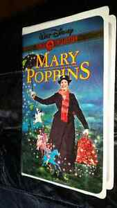 Walt Disney VHS Gold Classic Collection Edition Mary Poppins