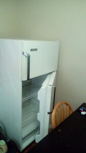 Working fridge London Ontario image 2