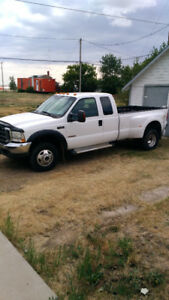 2004 Ford F-350 Dually Pickup Truck