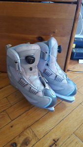 LADIES Size 8 Reebok Skates with BOA lacing system