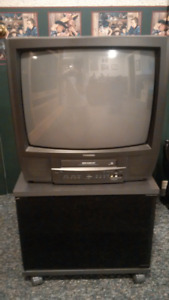 20 inch Tube TV with Built-In VCR & TV Stand