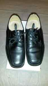 Boys' Dress Shoes Size 3 (youth)