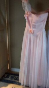 Two beautiful bridesmate or prom dresses West Island Greater Montréal image 2