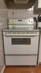 Sold PPU- Kitchen aid flat top stove