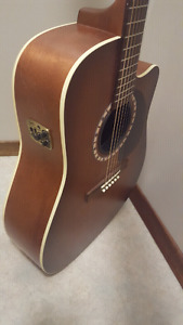Art & Lutherie Acoustic-Electric guitar