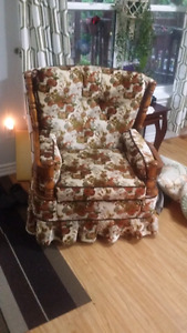 Vintage/Retro Swivel Rocker
