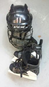 Casque et patins de hockey garçon à vendre