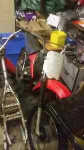 2003 XR100 project bike With Papers! Plus newer parts bike