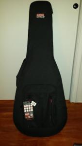 Étui de guitare acoustique Gator **Neuve**