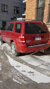 Ford Escape XLT, 4WD, 2008, 97,500km 6cil $6500