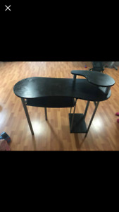 excellent condition table