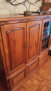 Cabinet great condition real wood!