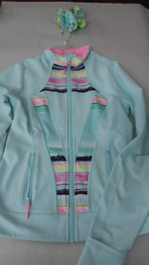 Ivivva size 14 (girls) sweater with matching scrunchie