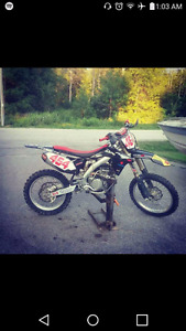 Professionally maintained clean 2014 rmz 250