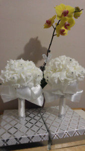 13 brand new bridesmaid/wedding bouquets