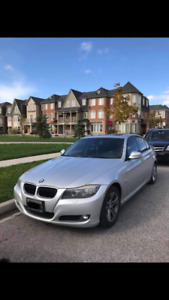 CERTIFIED 2009 BMW 328i X-Drive Sedan (Mint!)