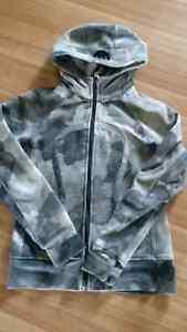 Size 8 Lululemon scuba hoodie