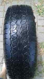1 GOODYEAR WRANGLER RT/S TIRE - LOW PRICE, USED, GOOD TREAD Windsor Region Ontario image 2