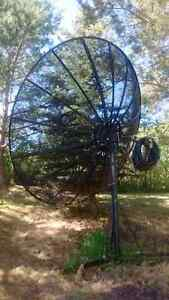 REDUCED - Big 10 Foot Mesh Satellite Dish!