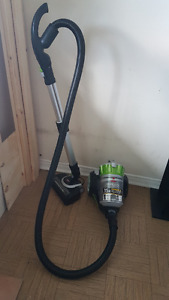 BISSELL Bagless Canister Vacuum $125 Or best offer