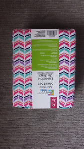 Microfiber sheet set for double bed. Brand new