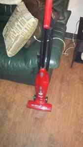 Very clean Dirtdevil barely used