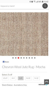 POTTERY BARN - Chevron Wool Jute Rug  5x8'