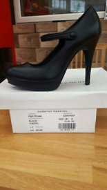 Dorothy perkins size 6 high heels used