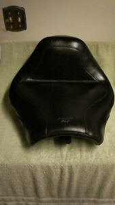 Mustang Solo Seat for a VTX 1300