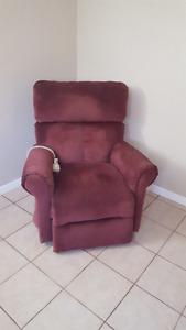 chaise électrique et 2 sofas