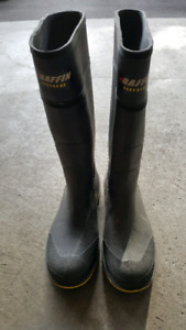 Brand new Men's Baffin Steel Toe rubber boots size 10