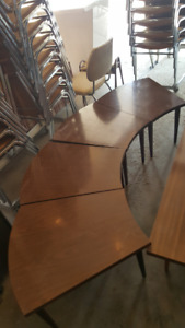 5 piece Conversation table and coffee table