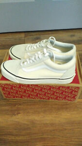 Vans Old Skool 36 DX Anaheim Factory Classic White - Size 8