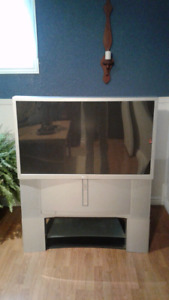 "LARGE 47"" SONY PROJECTION TV"