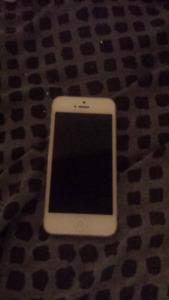 White iphone 5 16gb