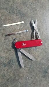 Swiss Army Knife - Classic SD Pocket Knife - 4 available