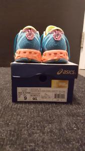 Asics Noosa FF Running Shoe (Size 9)
