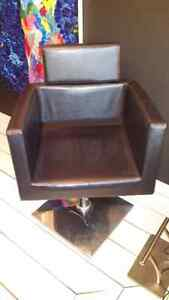 Chaise hydraulique  coiffure