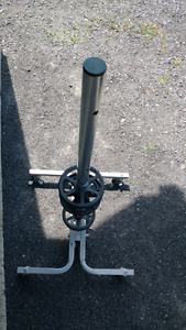Tire stand on wheels