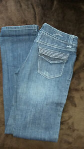 Various GUESS JEANS Windsor Region Ontario image 5