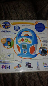 Discovery Kids Digital MP3 Player Boombox RETAILS 50-200