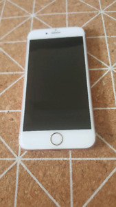 iphone 6s 32gb rose déverouiller.comme neuf 200$