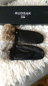 Rudsak Leather Gloves Large Never Used With Box