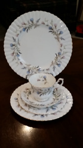 Royal Albert England BRIGADOON Thistle Bone China