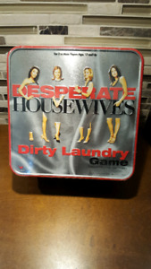 Desperate Housewives Dirty Laundry Game w/ Collectors Tin