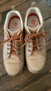 Women's Rockport casual lace-up shoes - Size 7.5