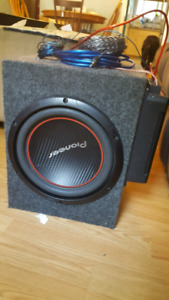 Pioneer sub and amp and wires 100$