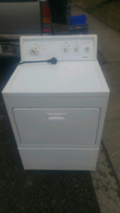 Kenmore electric dryer lightly used 6 month warranty